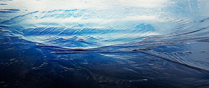 Riflessi-ghiaccio-Lago-Cembra-Simone-Cunego